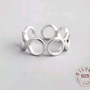 925 Stering Silver Hollow Circles Ring